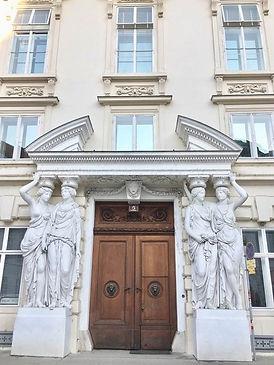 パラヴィッチーニ宮殿.jpg