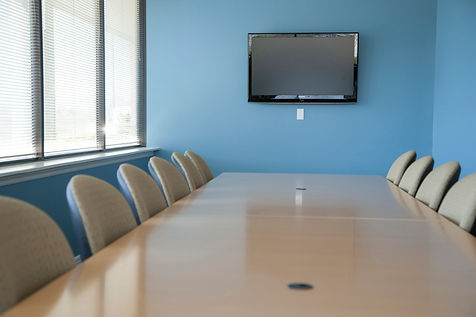 view-of-conference-room_StpTWZ0Hj.jpg
