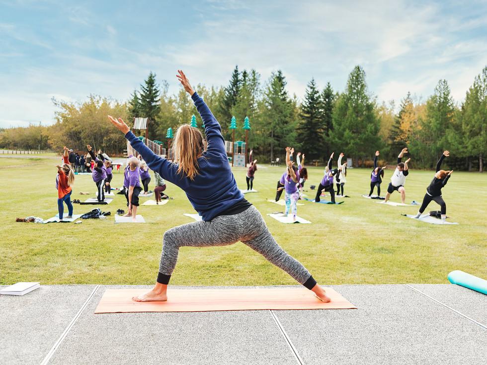 Outdoor-yoga-classes.jpg