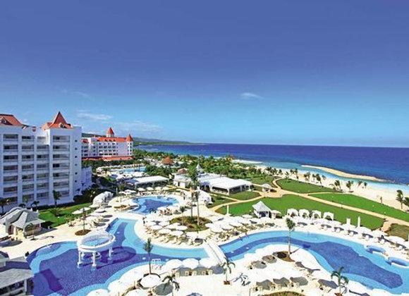 Jewel Paradise Cove Resort