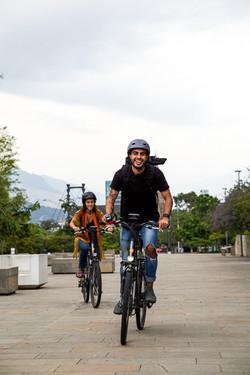 E-Bike through Downtown to Plaza Botero