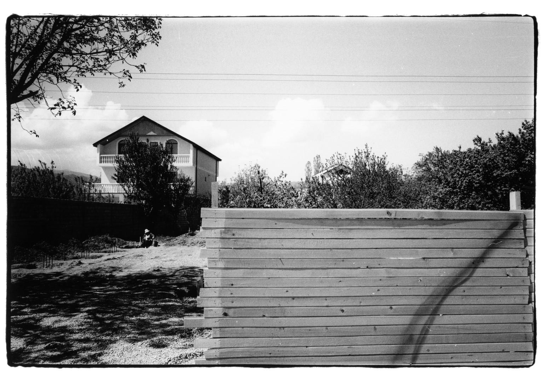 Tbilisi house n fence.jpg