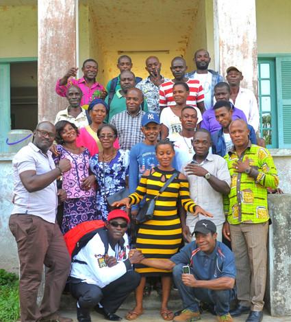 Paraecologists with trainer Alex Ebang Mbélé (bottom left)