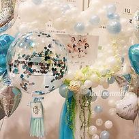 アー写がウェディングドレスを着てたこともあり、今回のテーマは結婚式&シンデレラ_
