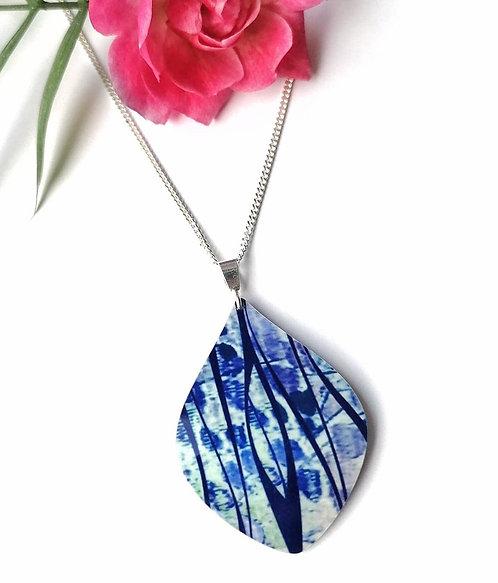 Silver & Aluminium blue detail necklace