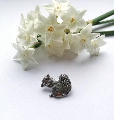 Squirrel Lapel pin