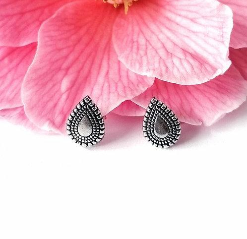 Silver patterned teardrop stud earrings
