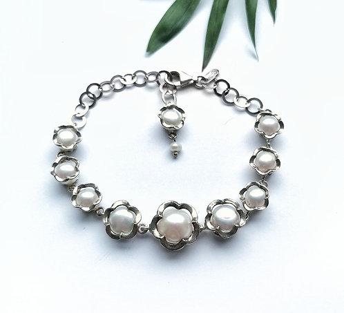 Silver & pearl detail bracelet