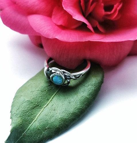 Silver & opalite ornate detail ring - Size J