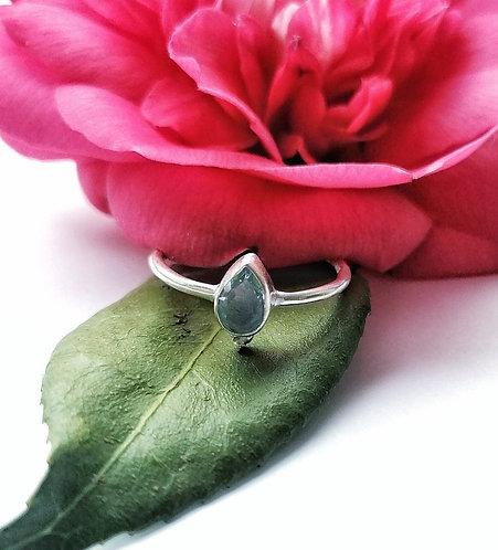 Silver & blue topaz teardrop detail ring - Size Q