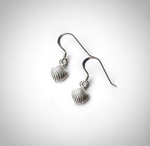 Silver mini shell earrings