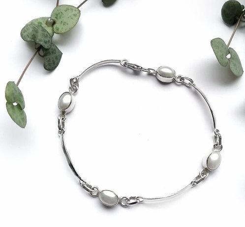 Silver & pearl bar bracelet