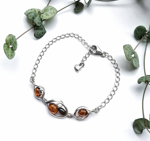 Silver & Amber design bracelet with heart detail