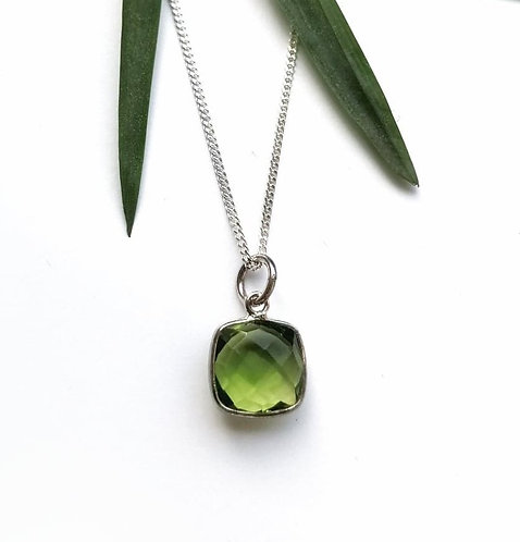 Silver & green faceted crystal necklace