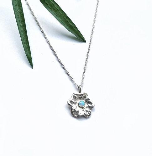 Silver & opalite daisy necklace