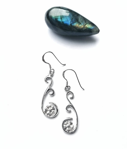 Silver daisy swirl earrings