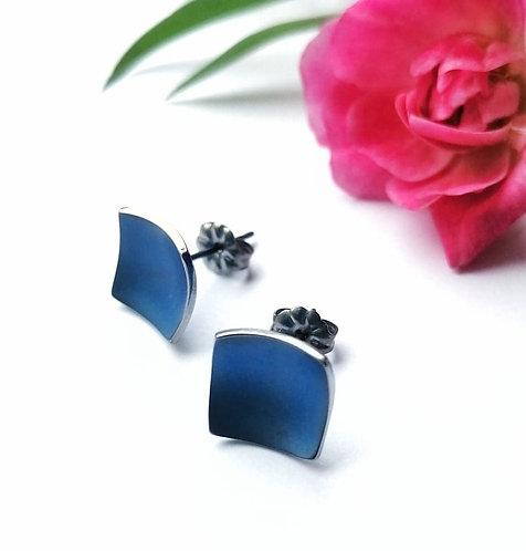 Titanium square blue stud earrings