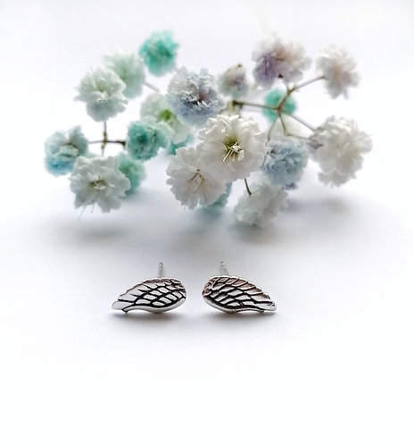 Silver wing stud earrings