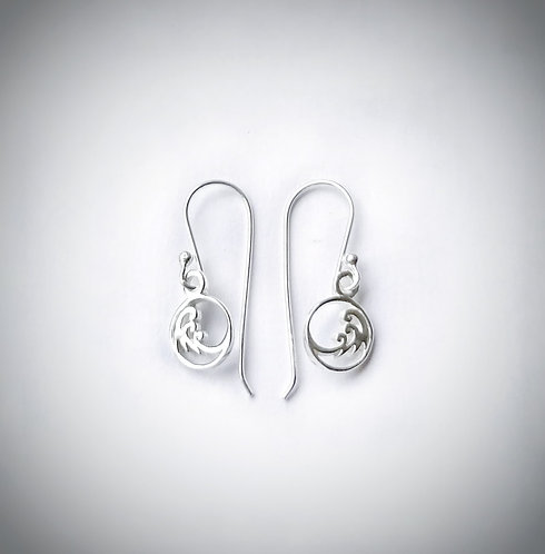 Silver mini wave earrings
