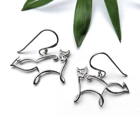 Silver fox scribble earrings