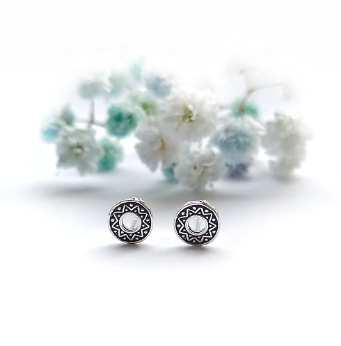 Silver patterned round stud earrings