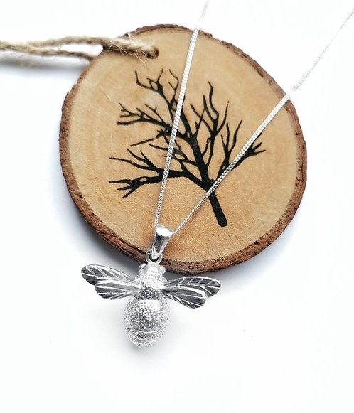 Silver large bumblebee necklace