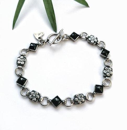 Silver & Black Onyx flower detail bracelet