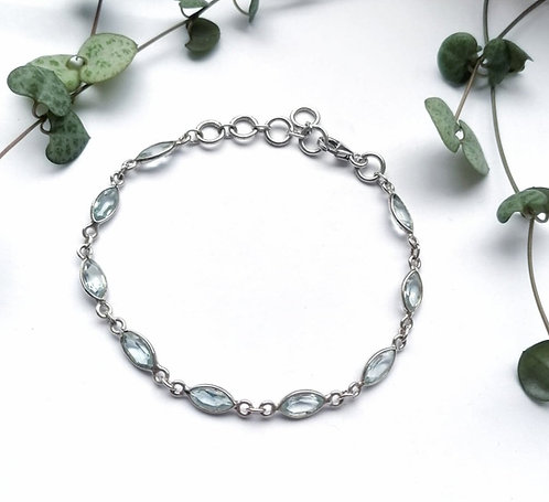Silver & blue topaz faceted bracelet