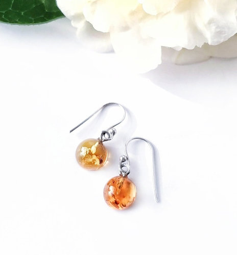 Silver & amber round droplet earrings