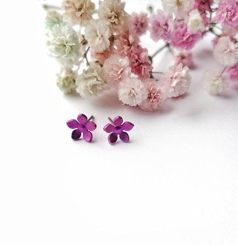 Titanium daisy fuscha stud earrings
