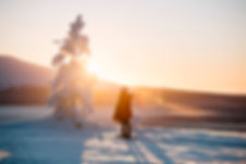 Finland_Lapland_winter_girl_sun.jpg