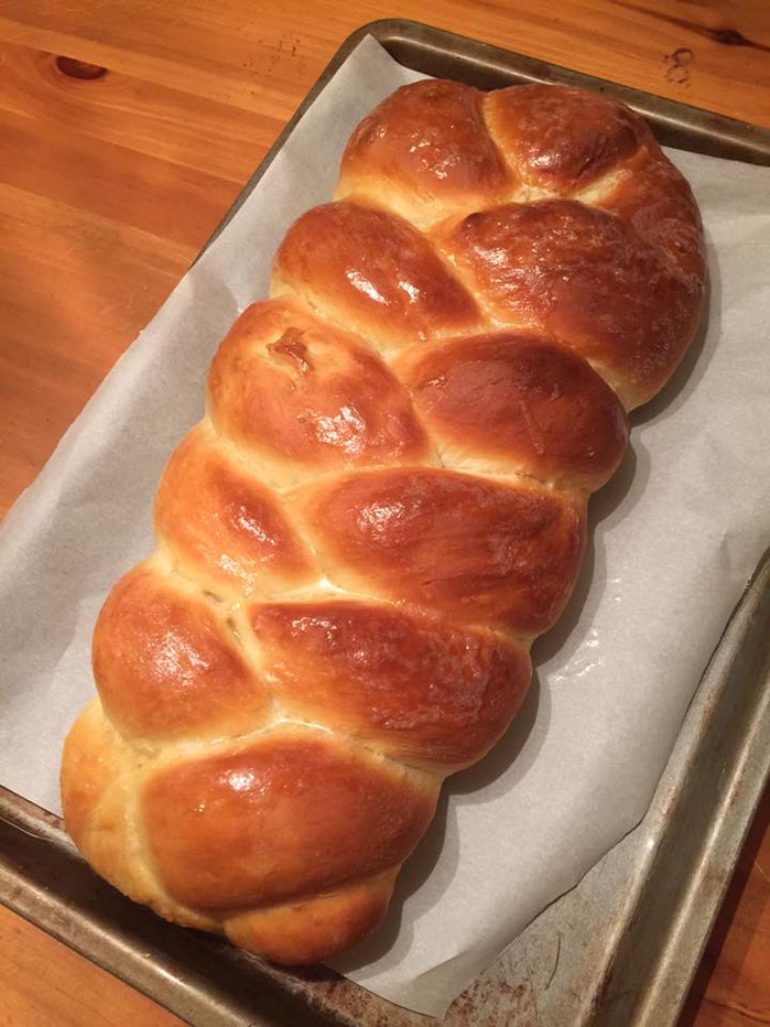 In which a Midwestern/Southern Lutheran girl enthusiastically embraces Jewish bread and refuses to c