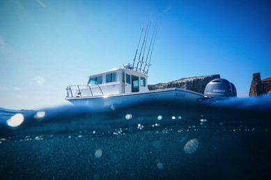 TRIWORKS Professional Photography Commercial Parker Boats Submerged.jpg