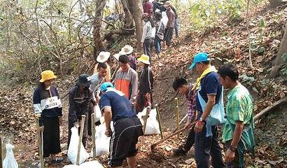 Relief aid trip 3.jpg