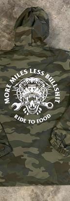 Camo nylon jackets for Ride to food
