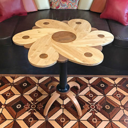 Spinning flower table by Walter