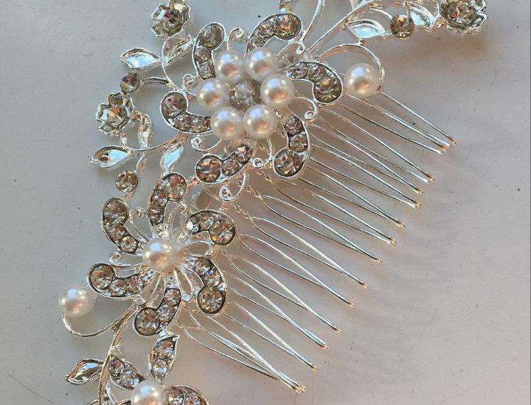 Floral Diamond & Pearl Slide