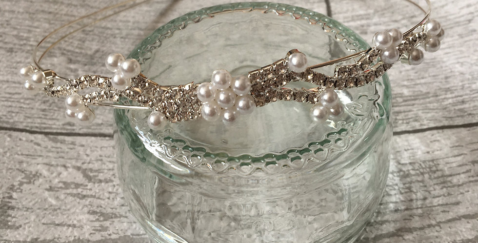 'Anya' Pearl & Diamond Band