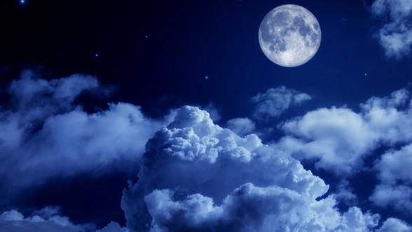 moon-night-sky-clouds-4k_1540136749_edit