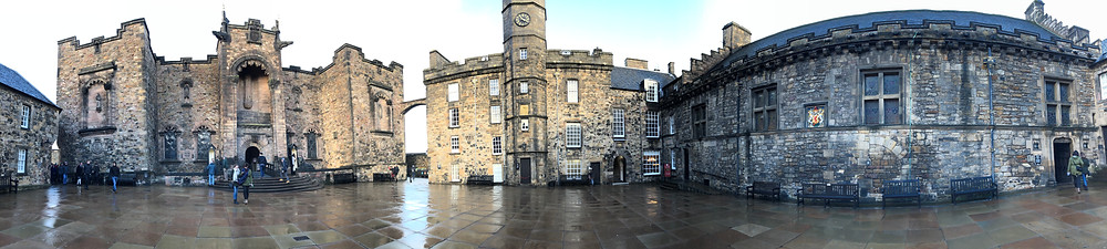 Panoramic view of Edinburgh Castle