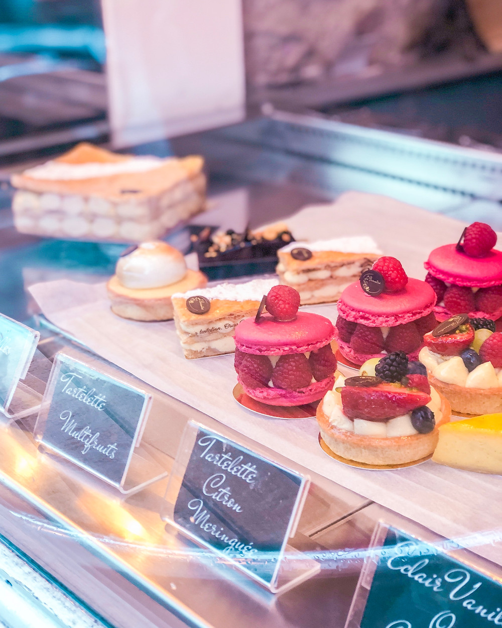delicious pastries in a patisserie window in Edinburgh