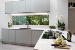 Kew Gardens Kitchen by Kuche & Bagno