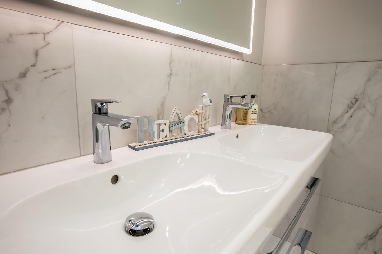 Blackberry Kitchen & Bathrooms