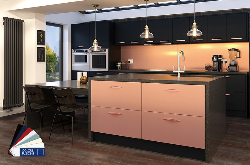 Crown imperial Alumina Kitchen by Kuche & Bagno