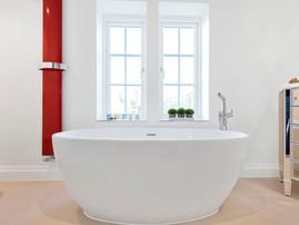 Waters Elements Plus Dusk 2 - 1700mm Wide Edge Stone Bath White