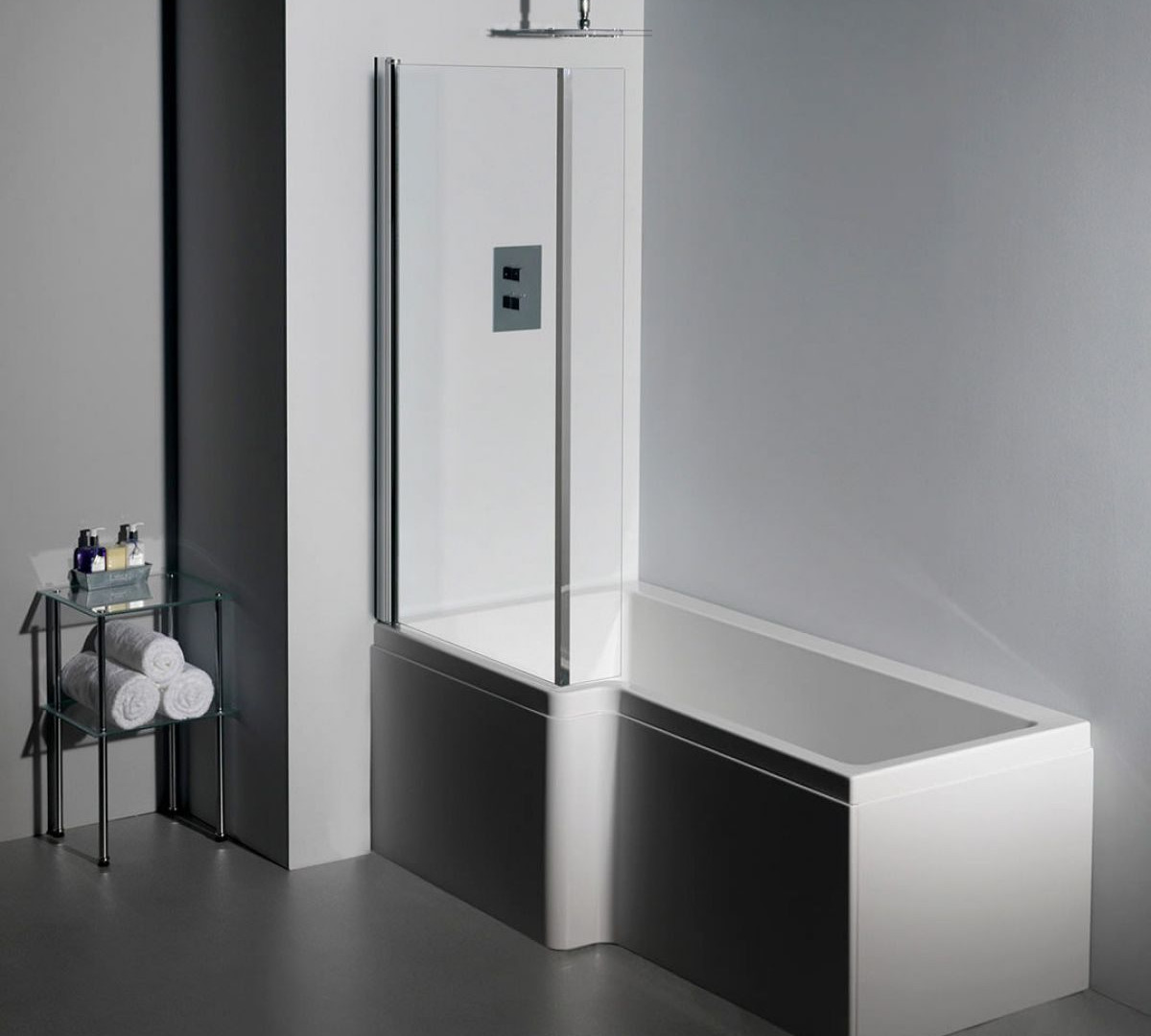 Carron Quantum shower bath