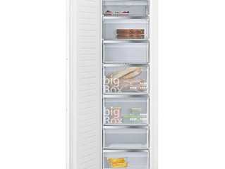 Siemens iQ300 177x54cm Built In NoFrost Freezer