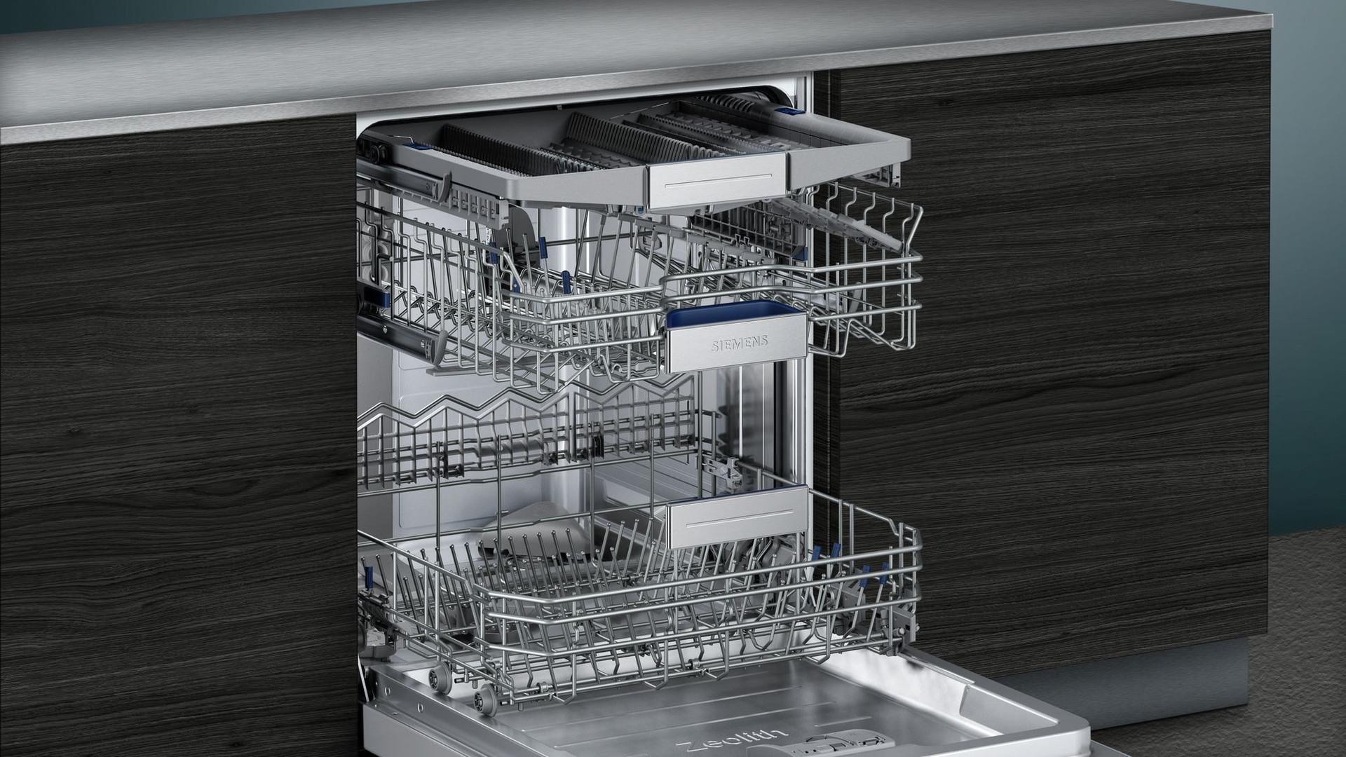 Siemens iQ700 60cm Fully Integrated Dishwasher