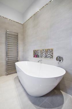 Elm Kitchen & Bathroom