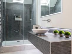 Castle II Bathroom